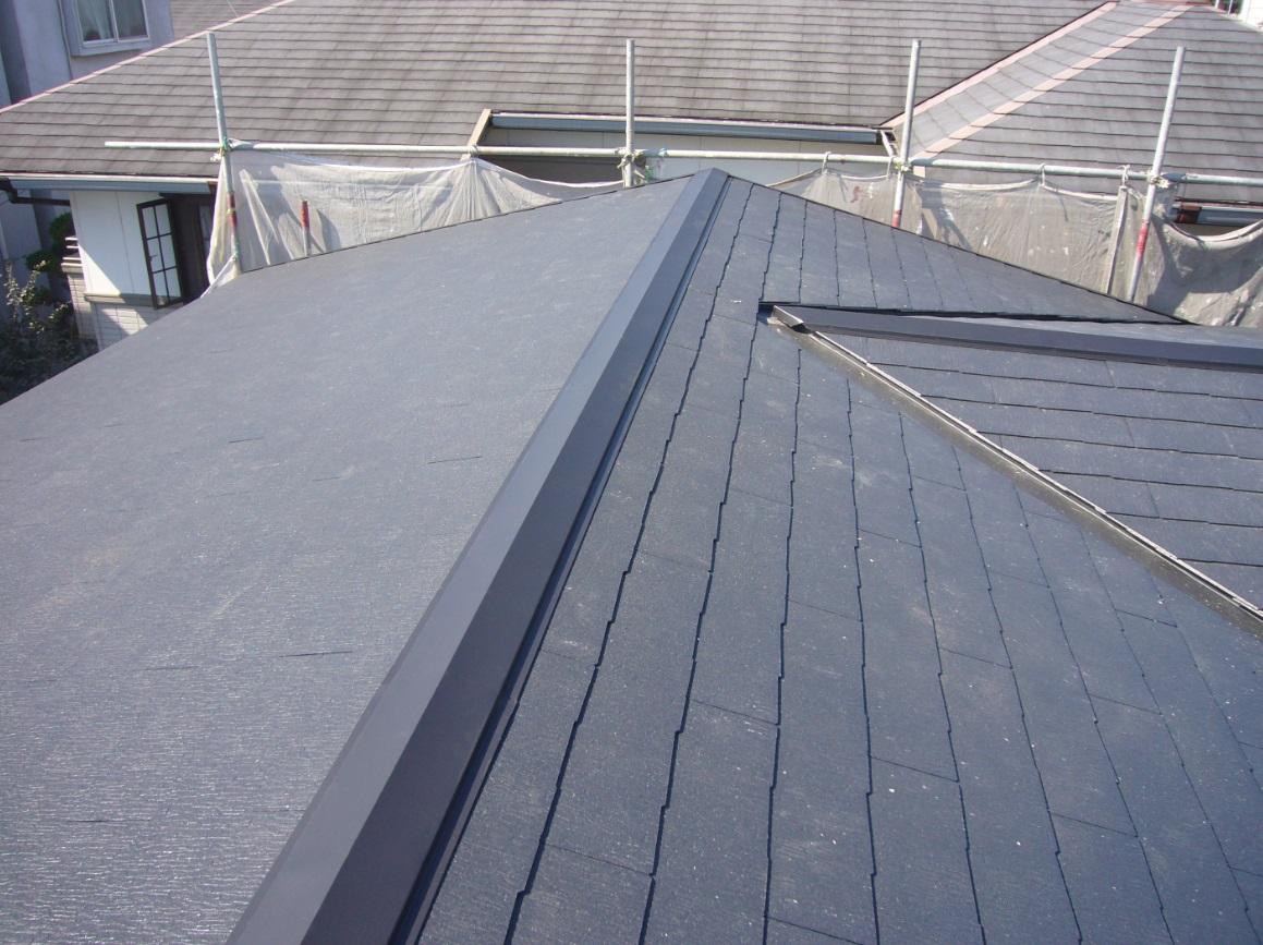 屋根リフォーム施工例 カラーベスト葺き替え(カバー工法)