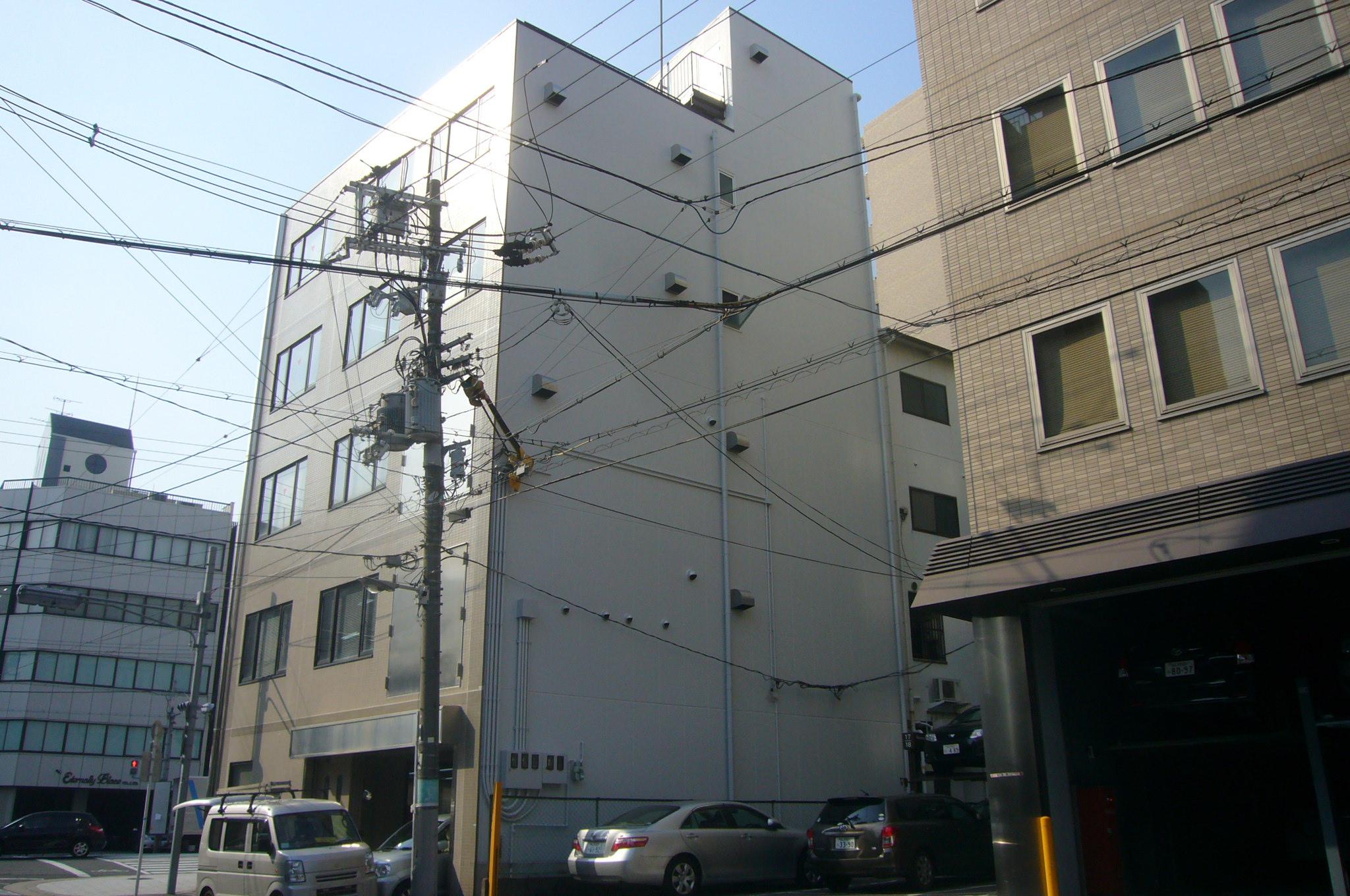 外壁シリコン塗装・屋上ウレタン防水・シーリング打ち替え、タイル洗い