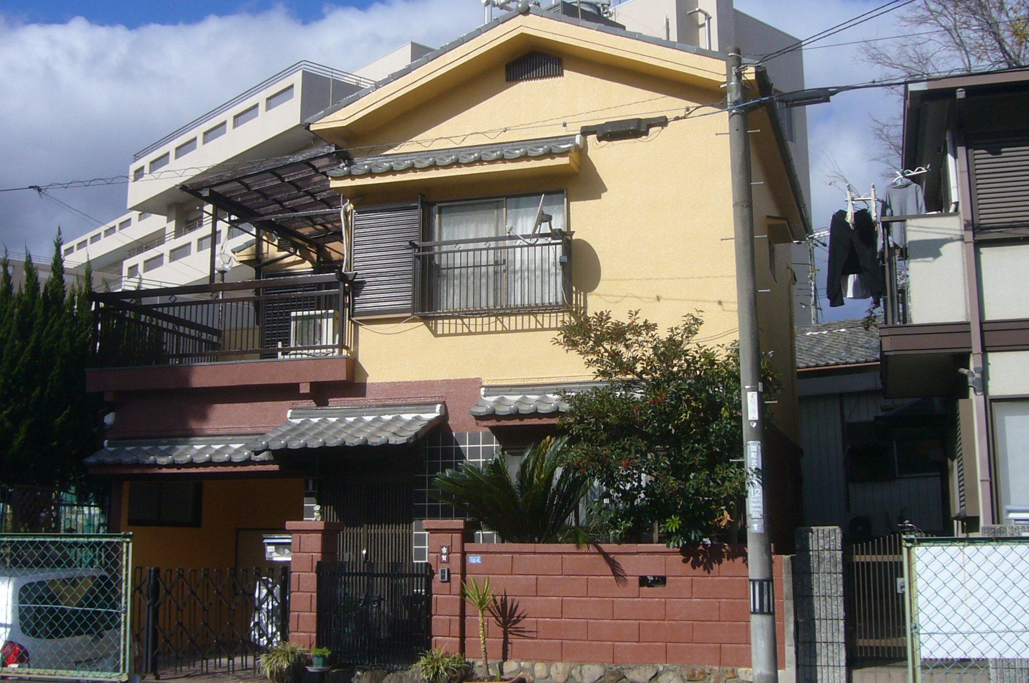 外壁塗装・ベランダウレタン防水・屋根しっくい塗替え