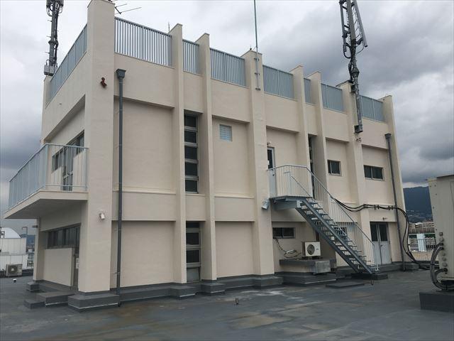高槻市 5階建ビルの塔屋外壁 パーフェクトトップ塗装工事