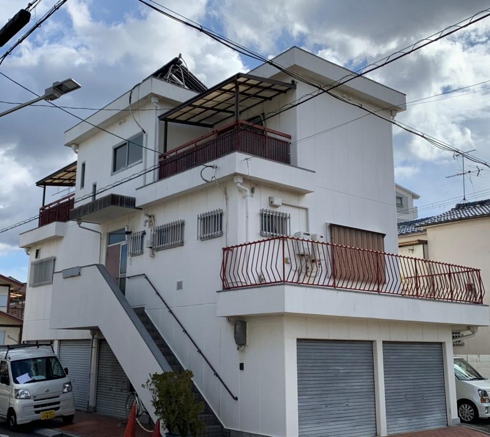 東大阪市で3階建て住宅の外壁塗装と屋上防水工事で雨漏りも解消