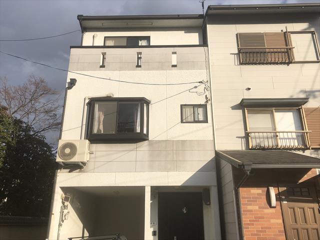 門真市で3階建て住宅の外壁と屋根を塗装でリフレッシュしました