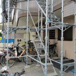 豊中市で2日間かけて集合住宅の足場架設が終了